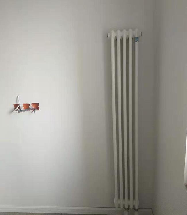 郑州明装暖气 河南明装暖气片 郑州暖气片安装公司 河南暖装暖气知名品牌 郑州明装暖气安装 河南暖气片安装哪家好 河南装暖气片多少钱 暖气片报价